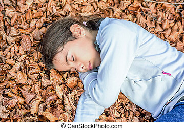 peu, biogradska, montenegro, parc national, lit, dormir, gora, automne, girl, laves