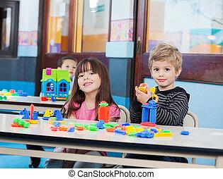 peu, blocs, jouer, préscolaire, enfants