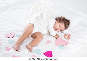 peu, chérubin, à, ailes, dormir, lit, à, cœurs