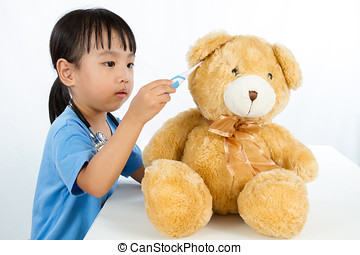 peu, chinois, teddy, docteur, ours, fille asiatique, jouer