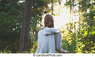 peu, concept., délassant, girl, summertime., méditation, forêt