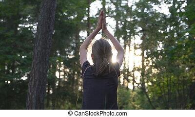 peu, concept., girl, summertime., méditation, forêt