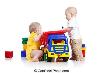 peu, couleur, jouer, jouets, deux enfants