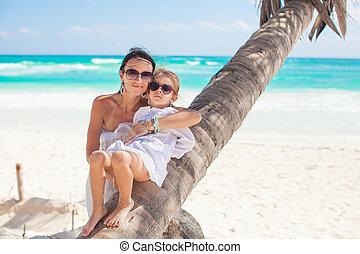 peu, elle, avoir, sable, mère, amusement, blanc, adorable, girl