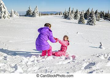 peu, elle, obtenir, neige, haut, portion, ami fille