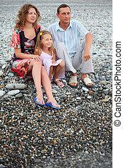 peu, famille, fille repos, plage, pierreux, heureux