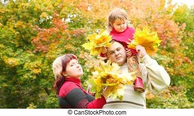 peu, femme, parc, haut, automne, pousse feuilles, girl, homme, jets