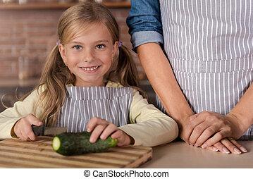 peu, gai, découpage, concombre,  girl, cuisine
