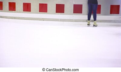 peu, gens, glace, visible, seulement, patin, jambes, patinoire
