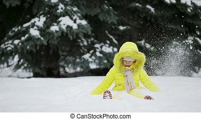 peu, hiver, avoir, dehors, amusement, girl, adorable, jour