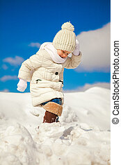 peu, hiver, ensoleillé, marche, neige, girl, jour, heureux