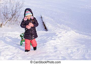 peu, hiver, ensoleillé, neige, girl, apprécier, adorable, jour, heureux