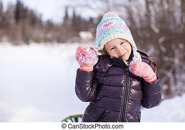 peu, hiver, ensoleillé, neige, portrait, girl, adorable, jour