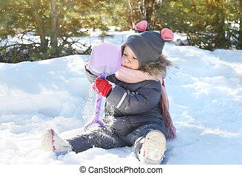 peu, hiver, neige, jour, enfant joue