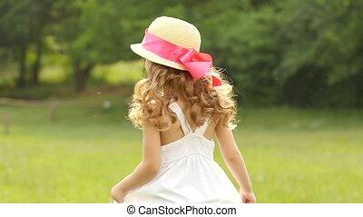 peu, lent, autour de, virages, parc, mouvement, promenades, girl, circle.