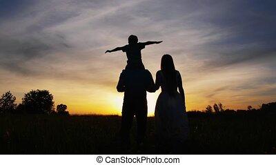peu, marche, fils, coucher soleil, adulte, parents