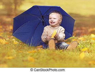 peu, parapluie, séance, jaune, jouer, automne, pousse feuilles, enfant, herbe, jour, heureux