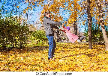 peu, parc, père, avoir, automne, ensoleillé, amusement, girl, jour, heureux