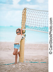 peu, plage, voleyball, girl, adorable, jouer, ball.