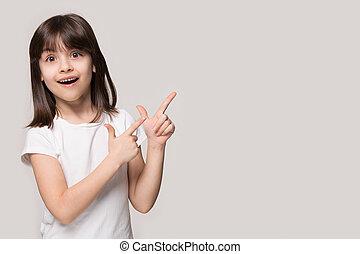 peu, pointage, espace, doigts, fond, girl, copie, côté
