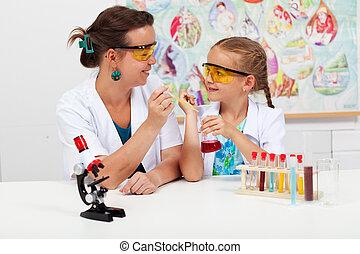 peu, professeur science, élémentaire, girl, classe