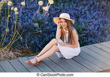 peu, séance, parc, robe blanche, girl, gentil