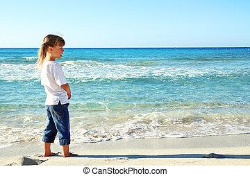 peu, sable plage, girl