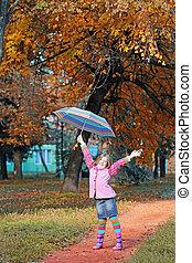 peu, saison, parc, haut, main, automne, girl, heureux