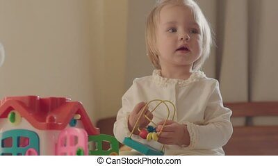 peu, salle, girl, jouets