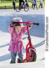 peu, scooter, girl