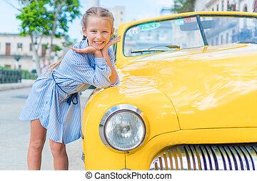 peu, vieux, secteur, vendange, classique,  cuba, Américain, havane, fond, voiture, populaire,  portrait,  girl,  adorable, gosse