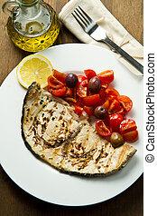 pez espada, tomates