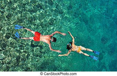 phi, île, couple, phuket, thaïlande, snorkeling