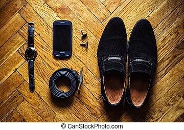 phone, clock, cuffincks, belt , shoes