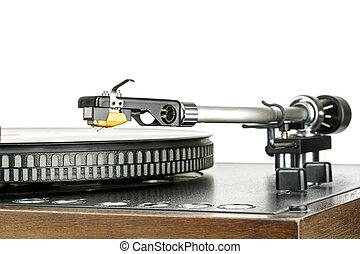 Phonograph cartridge, mounted to the tonearm