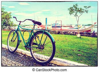 photo:, ποδήλατο , γριά