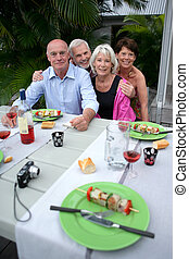 photo, amis, poser, pendant, barbecue