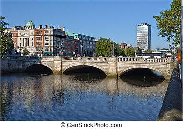 photo most famous bridge in ireland,o'connell bridge,dublin...