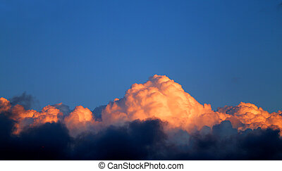 Photo of a beautiful sky with sunset clouds