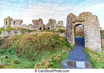 Dunamase castle ruins - Photo of Dunamase castle ruins in...