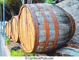 Wooden Wine Barrel - Photo Picture of a Classic Wooden Wine...