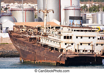Abandoned Metal Rusty Ship - Photo Picture of an Abandoned ...