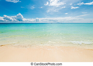 photo view of the Andaman Sea on a sunny day in Thailand