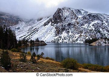 photo yosemite national state park, ca, usa
