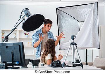 photograph- studio, junger, arbeitende , foto