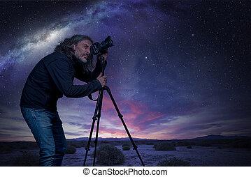 photographe, photo prenant, de, ciel nuit