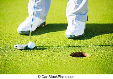 photographie, balle, golf, détail, mettre, trou, homme