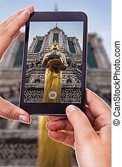 Photographing a thai statue