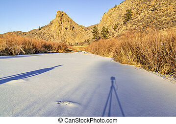 photographing winter sunset in mountains - photographing ...