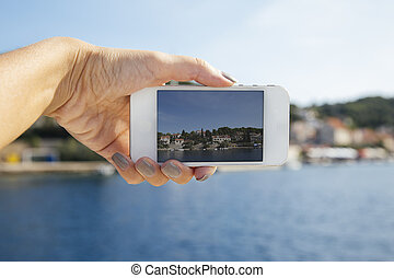 Photographing with smart phone